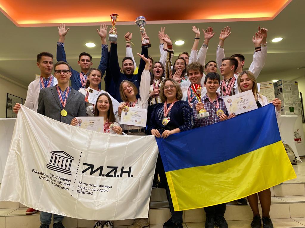Харківські студентки перемогли на Міжнародному інноваційному шоу