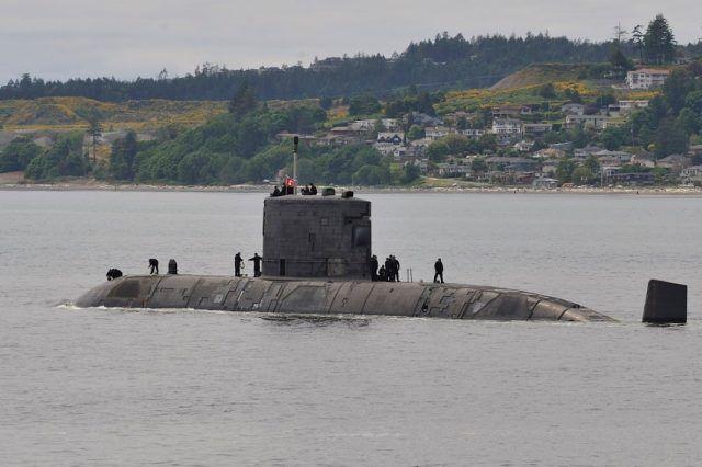 """加拿大皇家海軍的""""科納·布魯克""""號潛艇 資料圖"""