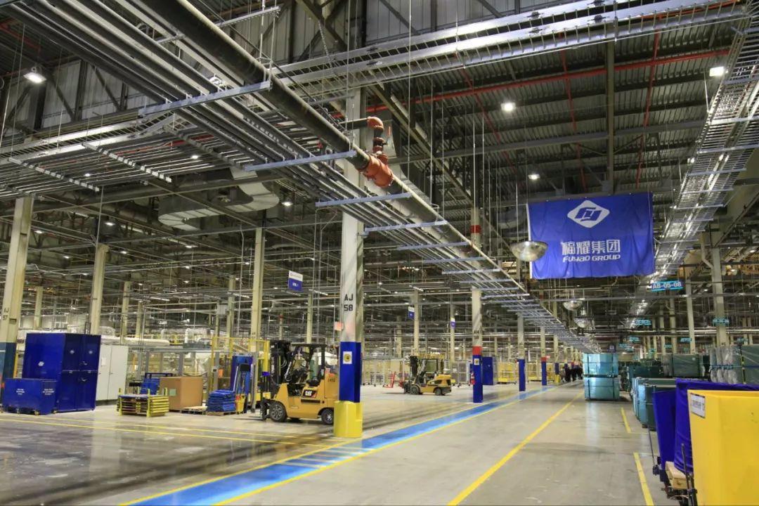 中国老板在美工厂开千人大食堂 美员工连连比心(图)