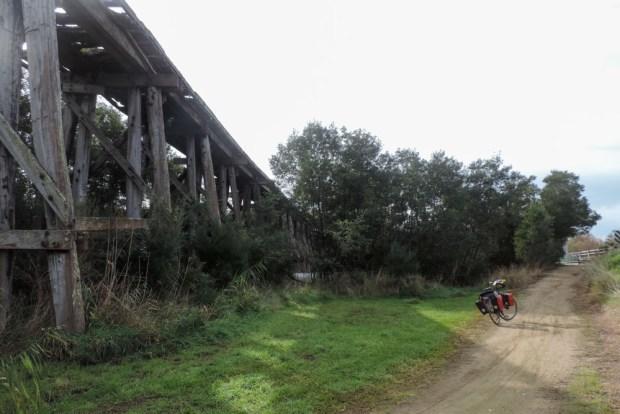 Big bridges but not used