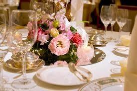 披露宴のテーブル