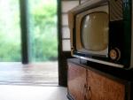 白黒テレビ
