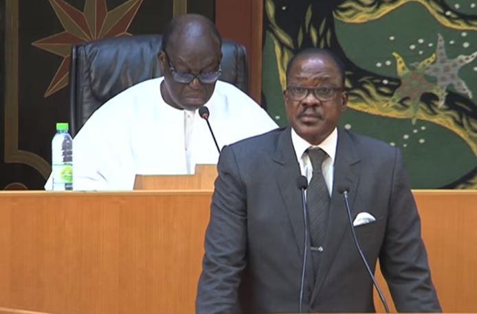 La plénière perturbée par les députés de l'opposition — Assemblée nationale