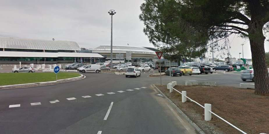 ACTUALITESINTERNATIONALFusillade à l'aéroport de Bastia: un mort et deux blessés dont un grièvement 5 décembre 20170