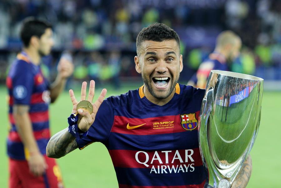 Neymar félicite ses coéquipiers — PSG