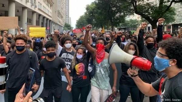 Luta pela Igualdade Racial:18 anos da Lei 10.639