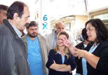 2010/10/20: Με τους εργαζόμενους στο Ιπποκράτειο Ίδρυμα Αγρινίου, που βρίσκονται σε επίσχεση εργασίας.