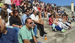 """2014/09/24: Ο Β. Χατζηλαμπρου στη δραση """"Ζωντανο σκακι"""" που οργανωσε ο Σκακιστικος Ομιλος Καλαβρυτων"""