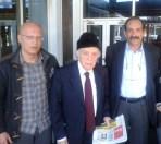2013/03/23: Οι βουλευτες του ΣΥΡΙΖΑ-ΕΚΜ Β. Χατζηλαμπρου και Δ. Κοδελας με τον πρωην προεδρο της κυπριακης Βουλης Β. Λυσσαριδη