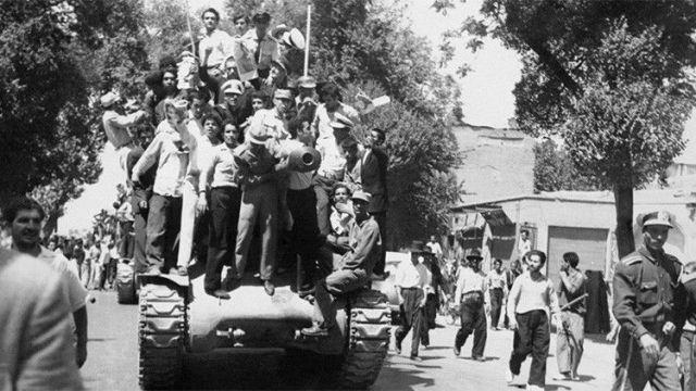 """Los documentos sobre el golpe de Estado en Irán de 1953 """"revelan la verdadera cara"""" de EE.UU."""