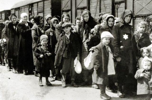 Al menos 1,3 millones de personas fueron enviadas a Auschwitz-Birkenau durante la guerra, el 90% de ellos eran judíos