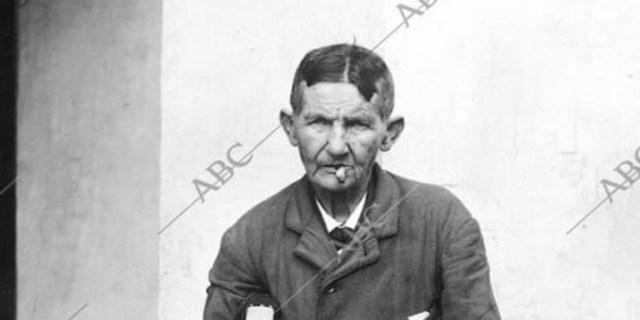 El guardia Fernando Marquensen Wilson, que en realidad era una mujer - Barrera