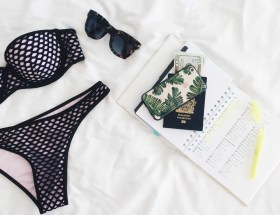 bikini met agenda