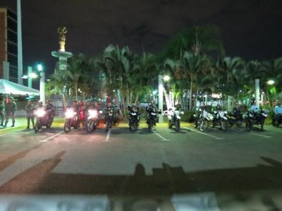 Impiden entrada de manifestantes a la plaza CVG, Puerto Ordaz, 12-03-2014.