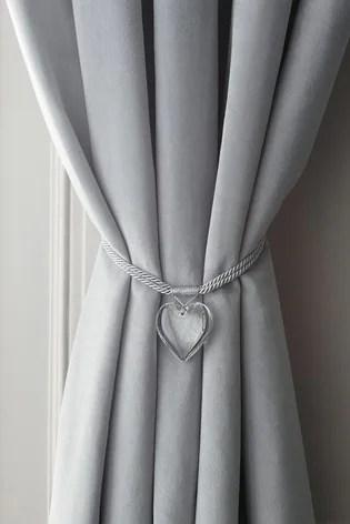 set of 2 heart tie backs