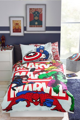 glow in the dark marvel avengers duvet cover and pillowcase set