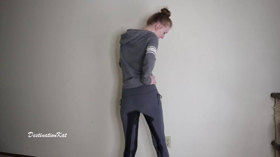 download accidentally wetting grey leggings hd destinationkat at Free Teen Pissing