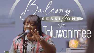 "Photo of Toluwanimee kicks off Balcony Session with ""Reckless Love""   @toluwanimee"