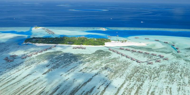 Live Like Robinson Crusoe at this Maldivian Resort