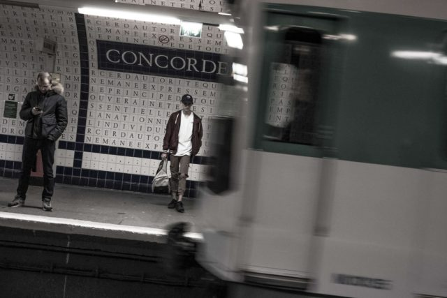 "Paris station de metro ""Concorde"""