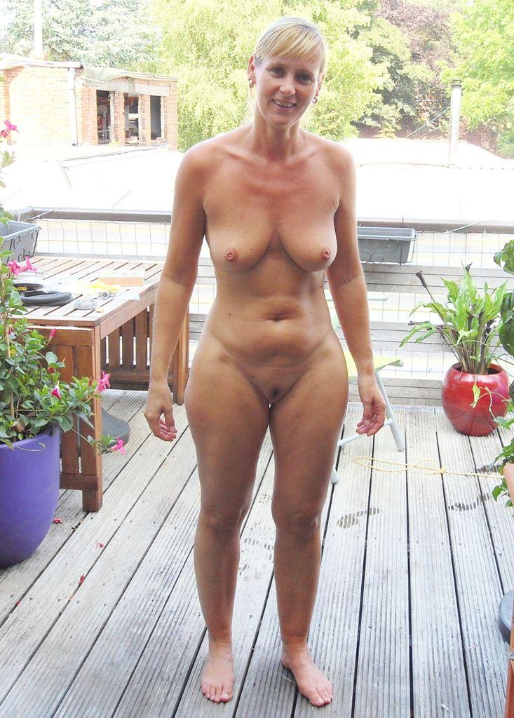 tumblr female nudity