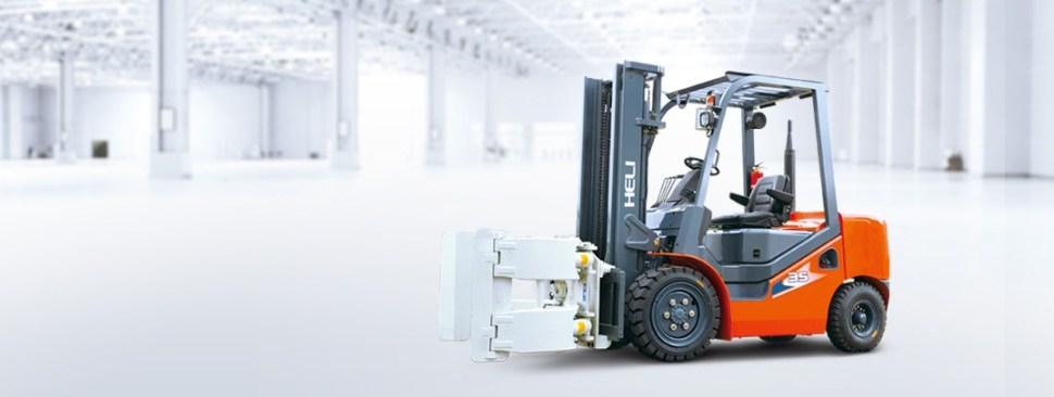 Xe nâng kẹp cuộn Heli 3.5 Tấn làm việc tại Biên Hòa