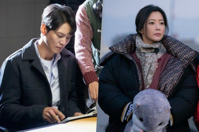 """SBS has revealed new behind-the-scenes stills of drama """"Alice"""". Joo Won And Kim Hee Sun listen intently to the director before filming their scene."""