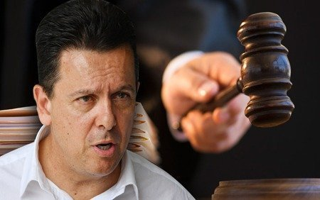 Xenophon re-emerges as the voice of 'underdog' Huawei 2