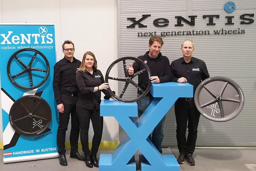 XeNTiS-Pewag-Racing-Team-Partner-original