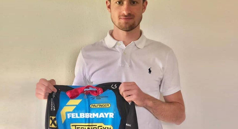 Marco Friedrich tritt für das Team Felbermayr Simplon Wels in die Pedale