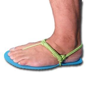 Barefoot running sandals tying - Xero Shoes