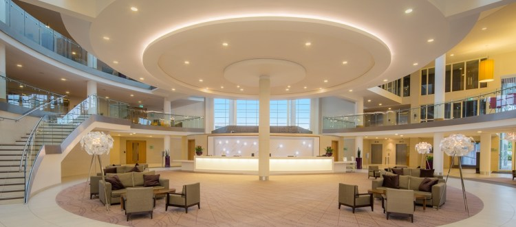 hotel-reception-lobby-area