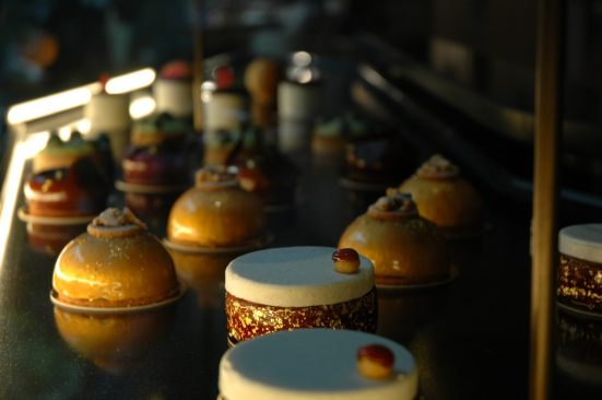 The Mandarin Oriental Paris cakeshop 1