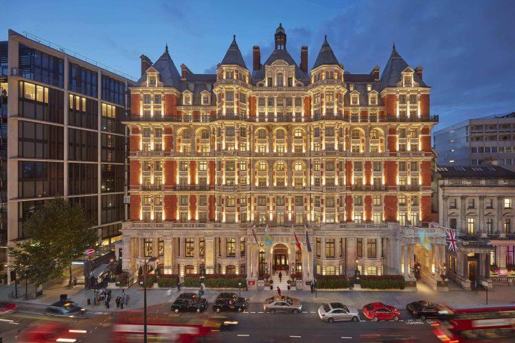 london-2017-exterior-facade-dusk (1) (1) (1)