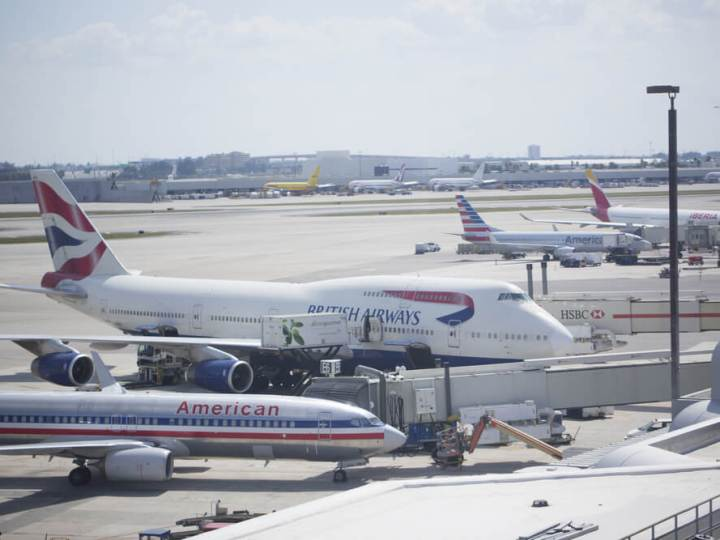 American Airlines and British Airways planes at Miami Airport