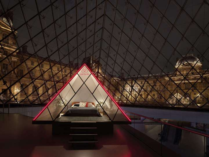 Airbnb-x-Louvre
