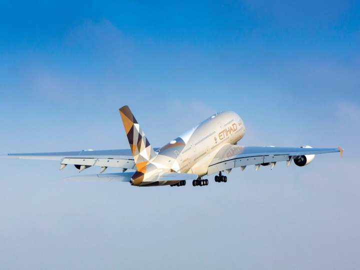 Etihad A380 (1)