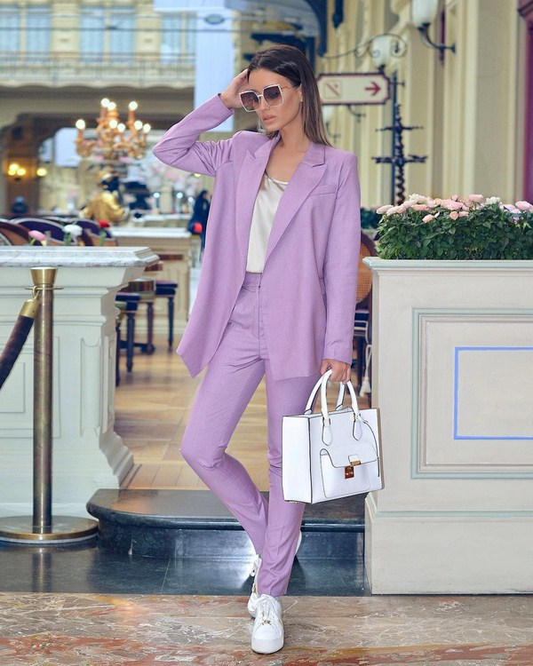 Women suits 2020 street style