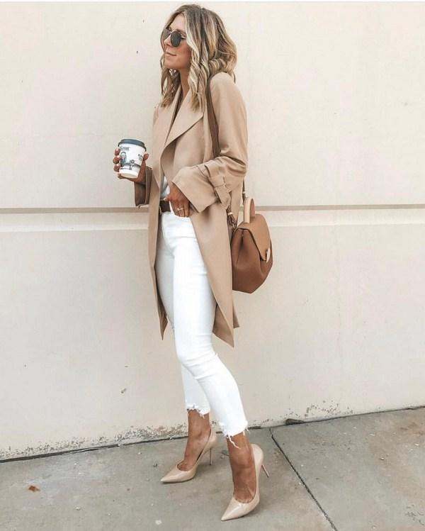 Street style trench coat