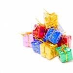 クリスマスプレゼントをサンタはいつ配る?親もあげる?渡し方は?