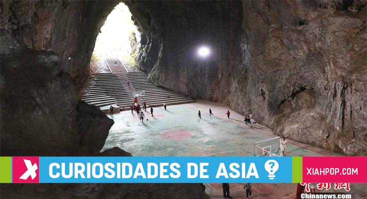 China ¡Construyen cancha de básquet en una cueva!