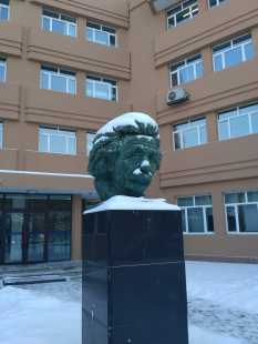 Random bust of Einstein in front of the welding laboratory