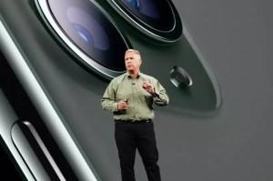 Phil-Schiller-advances-to-apple-fellow_08042020