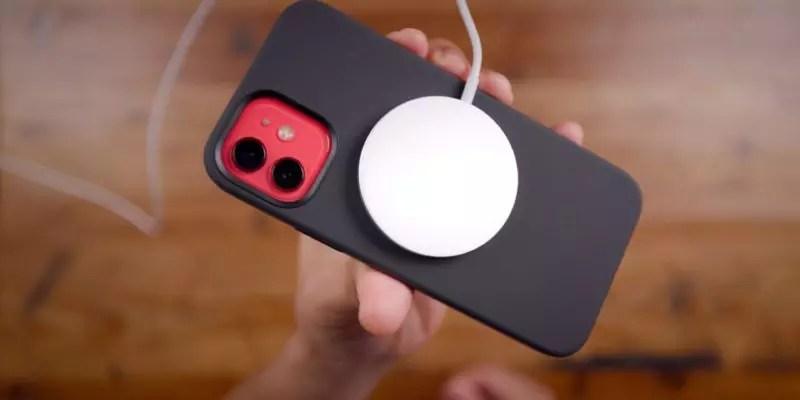 iPhone-12-MagSafe