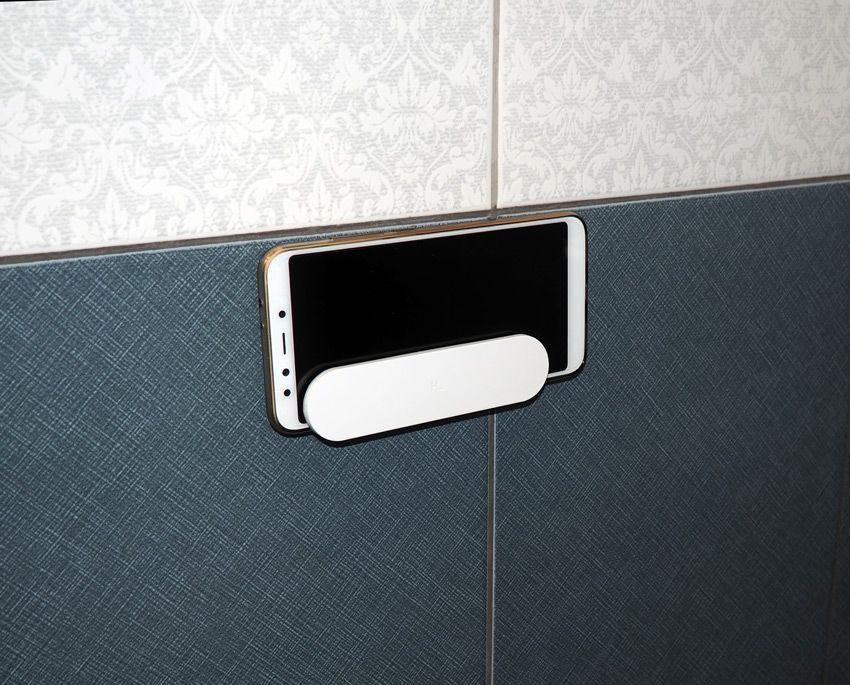 Держатель для телефона Xiaomi в туалете