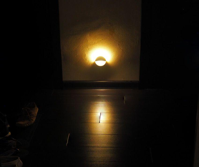 Подсветка пола ночником