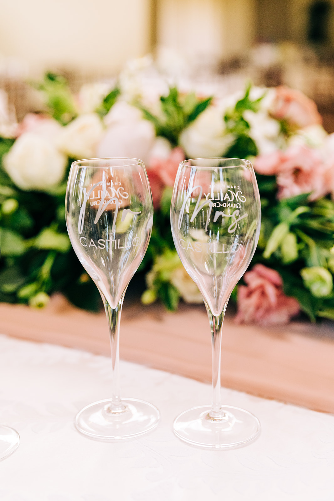 Glass details of the wedding day that the photographer captured.