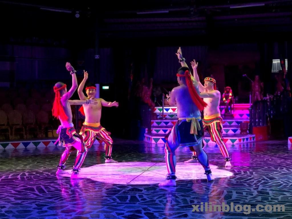 阿美文化村のダンス01