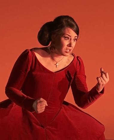 Sonya Yoncheva (Donna Elvira)