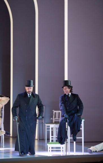 Charles Gounod/Faust/Musiklische Leitung: Alejo Pérez, Regie, Bühne und Kostüme: Reinhard von der Thannen/ Ildar Abdrazakov:Méphistophélès, Piotr Beczala: Faust Copyright: Monika Rittershaus